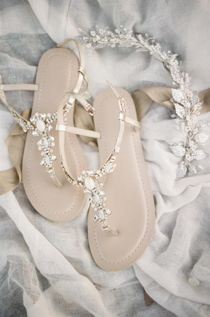 Sandaaltjes als bruidsschoenen