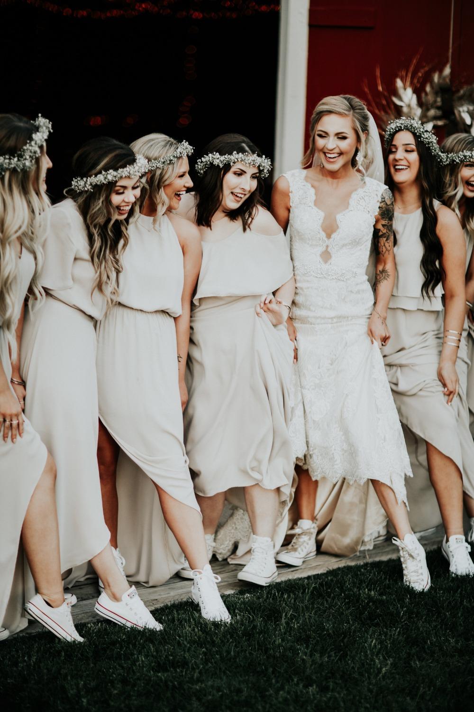 Bruid en vriendinnen op All Stars