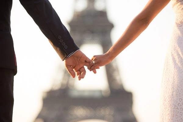 Verloving in Parijs