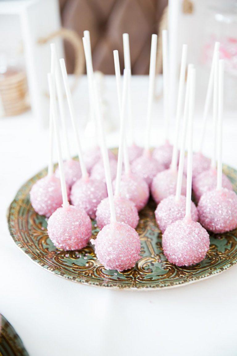 Roze bruiloft cakepops