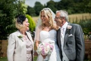 Bruid met ouders
