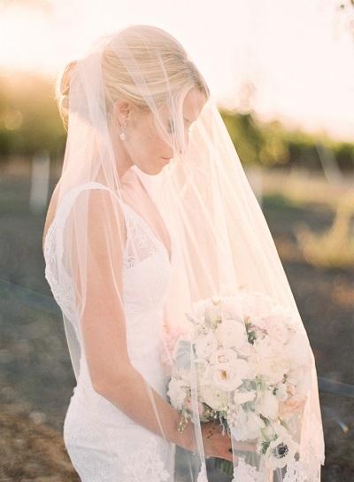 Bruid foto´s met de sluier