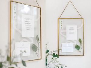 Trouwkaarten bewaren in glazen frame
