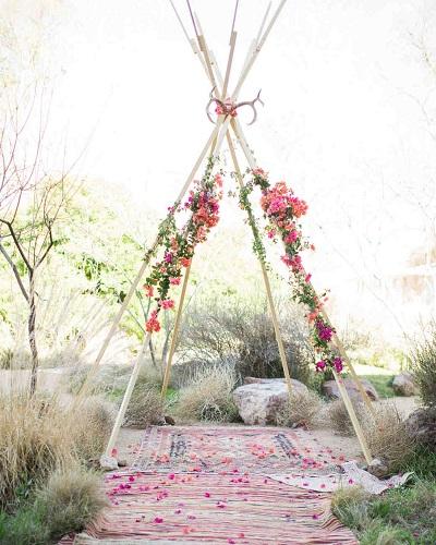 Tipi tent als bruiloft decoratie