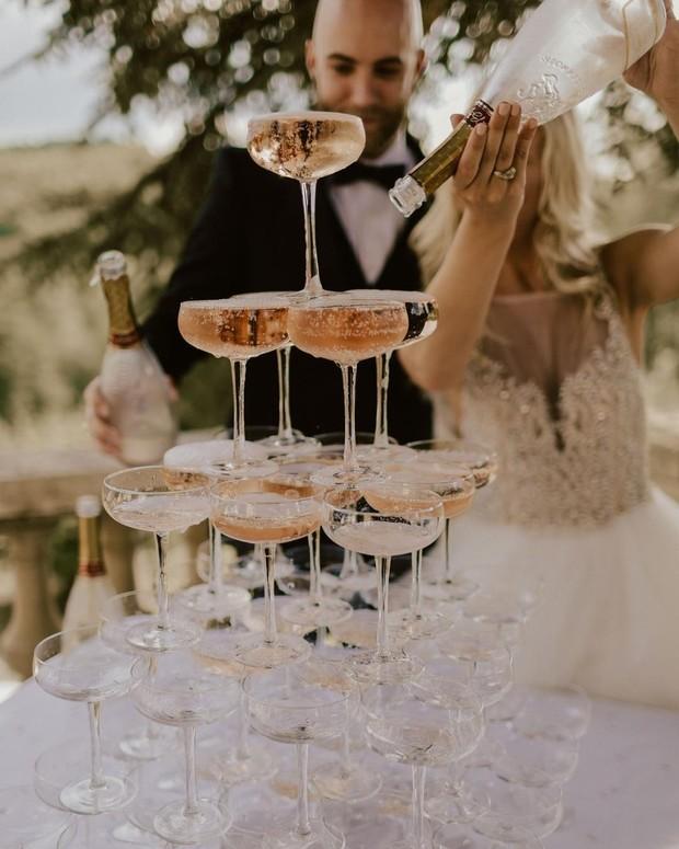 Drankje om mee te proosten op het huwelijk