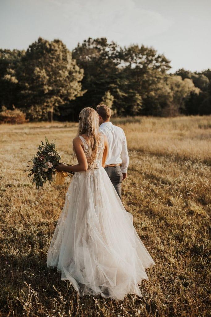 Bruidspaar tijdens fotoshoot