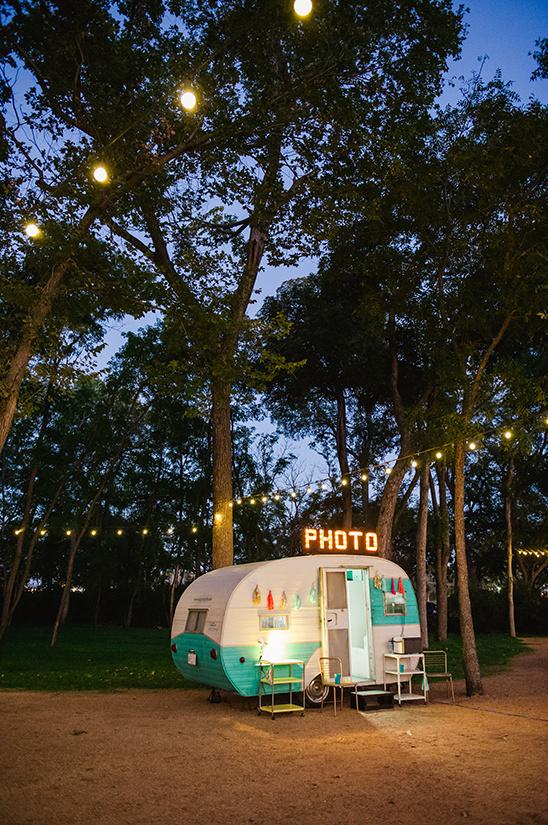 Photobooth op camping bruiloft