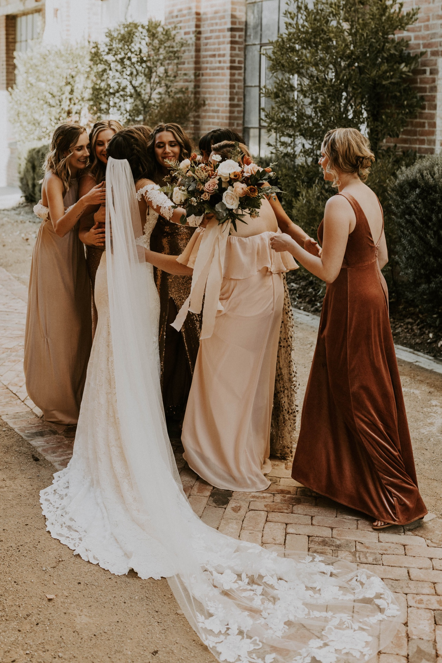 Daggast op een bruiloft samen met de bruid