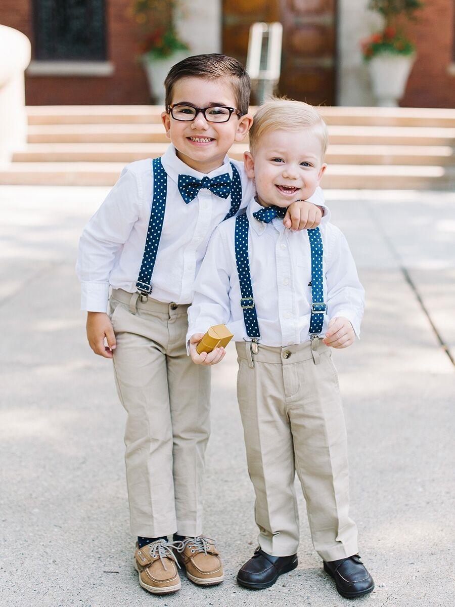 Kinderen in feestkleding