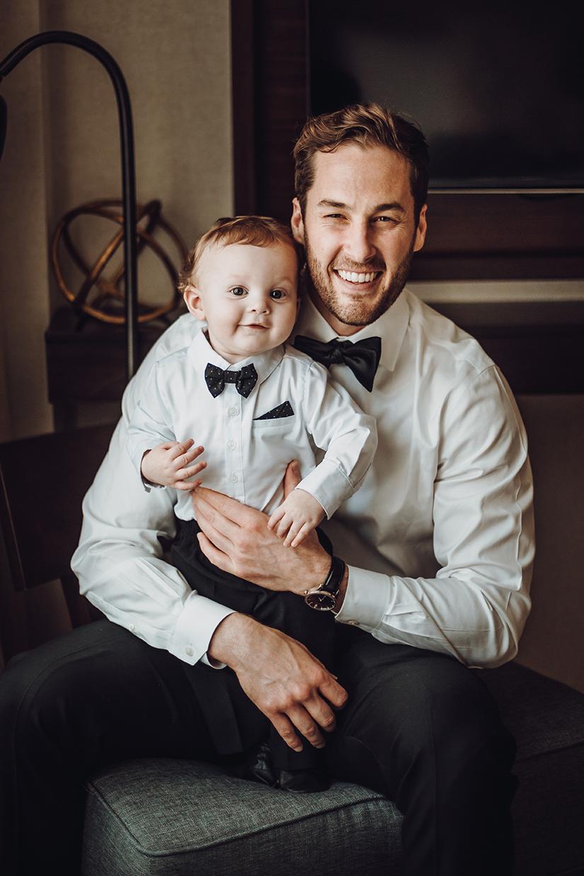 Bruidegom met zijn zoon