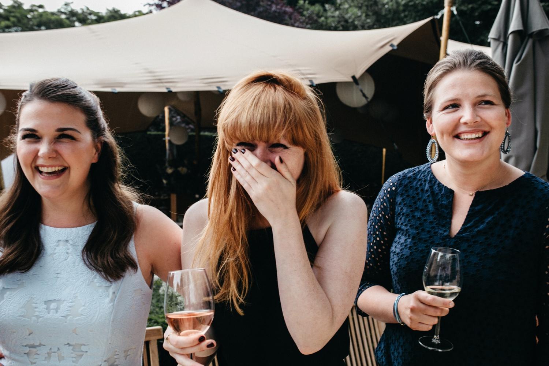Vrouwen op een vrijgezellenfeest