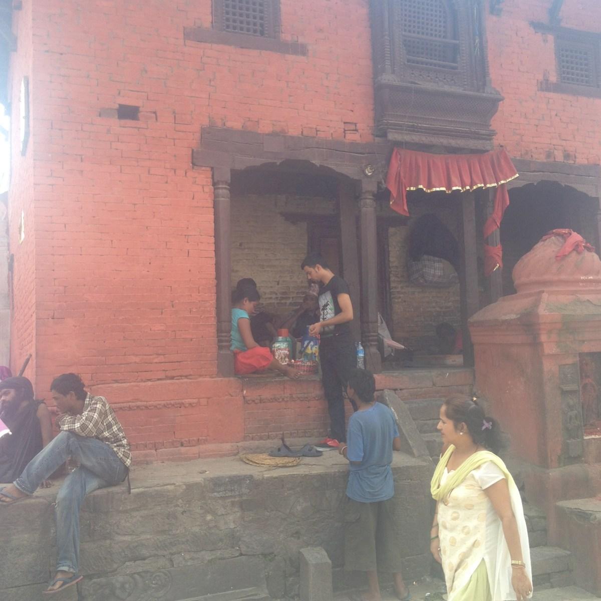 Kathmandu Tourism: Lydi Talks About Pashupatinath