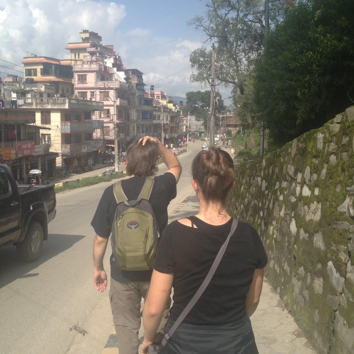 Kathmandu Tourism: Walking to Boudhanath Temple from Pashupatinath