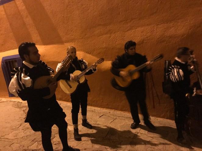 Jace Lydian Estudiantina Guanajuato Mexico Callejoneada Centro