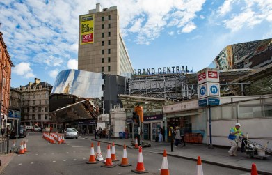 View towards the Stephenson Street entrance shows an area of missing stainless steel cladding on the west side - unlikely to be completed by Sunday or even Thursday, I think.
