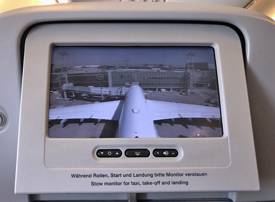 'Brussels Airport lonkt steeds naar meer vrachtvervoer, ondanks overlast en vervuiling' (Knack.be)