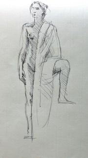Fabienne debout de face et drapée