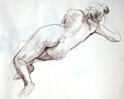 Fabienne allongée de dos en torsion