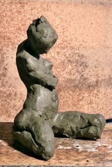 Al pose agenouillée - 3/4 droit
