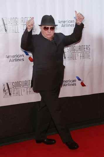 Van Morrison 5'5