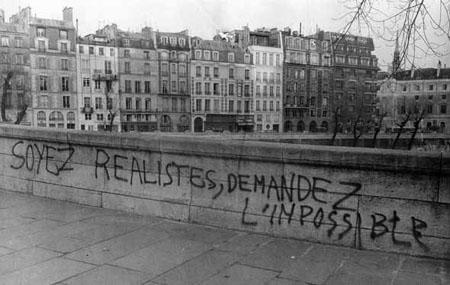 """""""Soyez réalistes, demandez l'impossible"""". Crédit photographique : Gérard-Aimé/Rapho-Eyedea, 1968"""