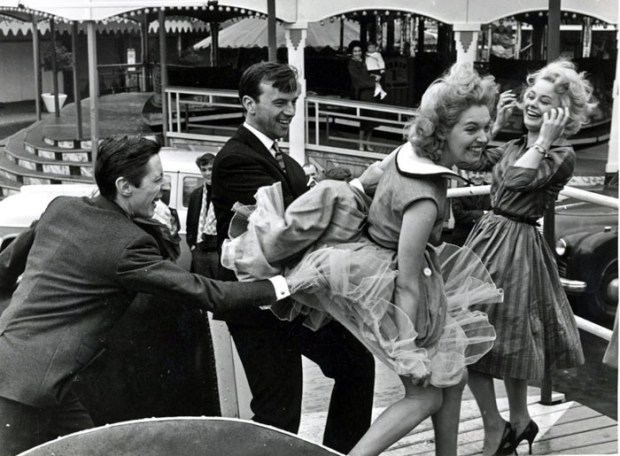 john-bignell_battersea-fun-fair_1957