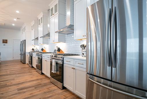 Coastal White Kitchen in Ocean Isle Beach