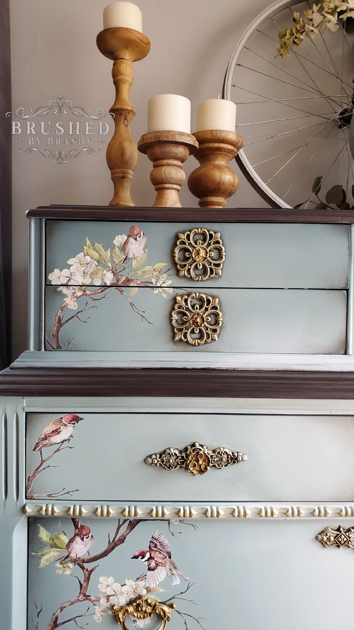 Painting Furniture Selecting The Best Brush For Your Furniture Painting Project