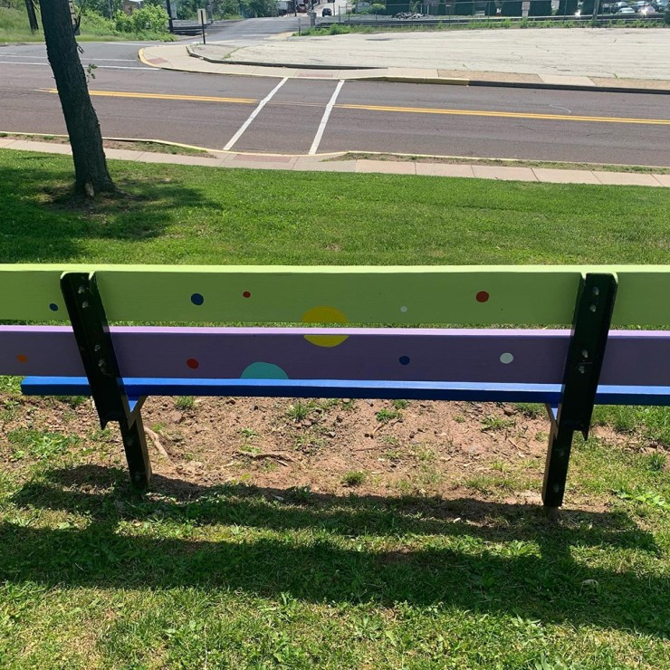 Pola dot bench