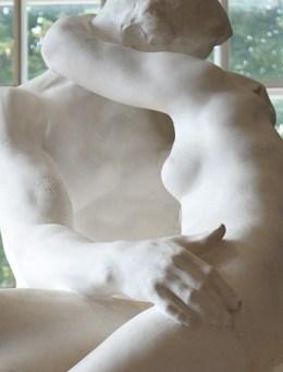 the-kiss-torso