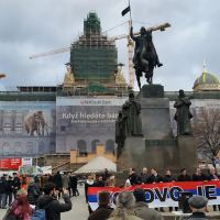 "Czechs protest against ""stolen Kosovo"""