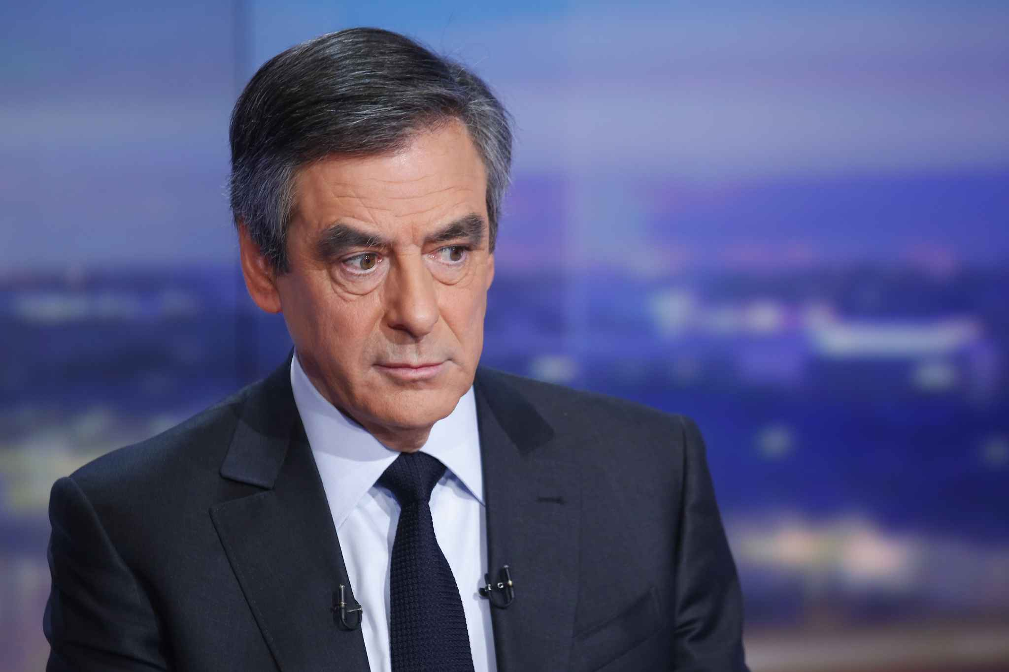 Fillon annule déplacements