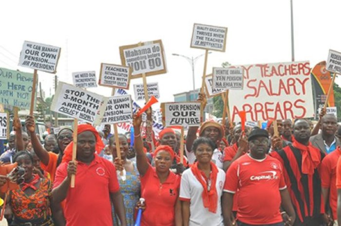 striking-workers