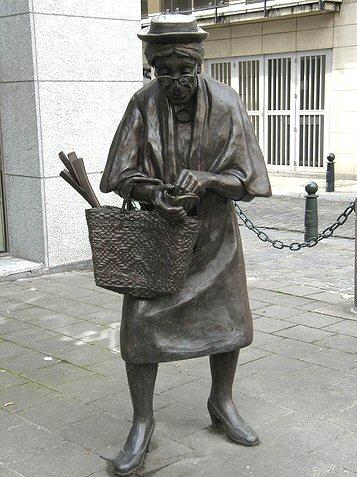 statue1000madamechapeau01