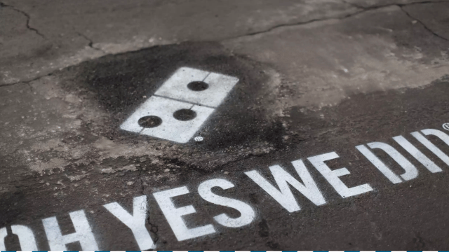 Dominos pavement