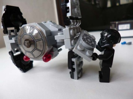 Lego Star Wars TIE Advanced Protoype 9