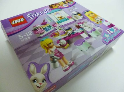 Lego Friends Stephanie 1