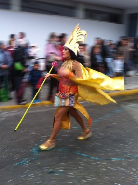 Gold marcher