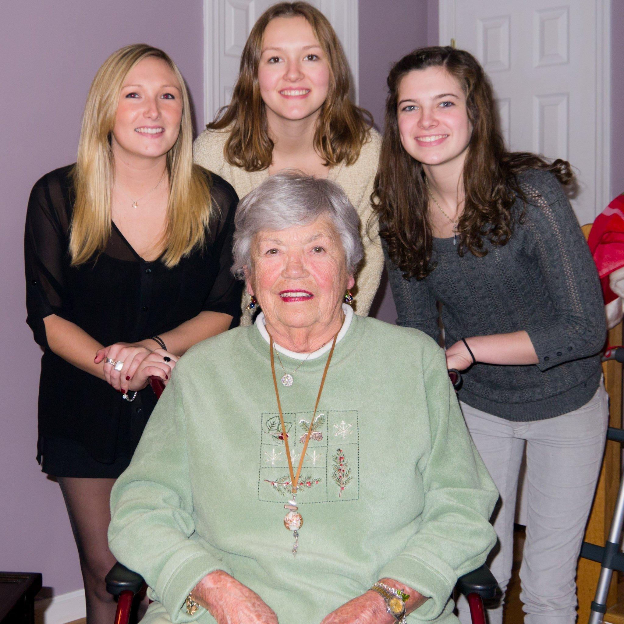 Mom, Samantha, Kassandra, Emily