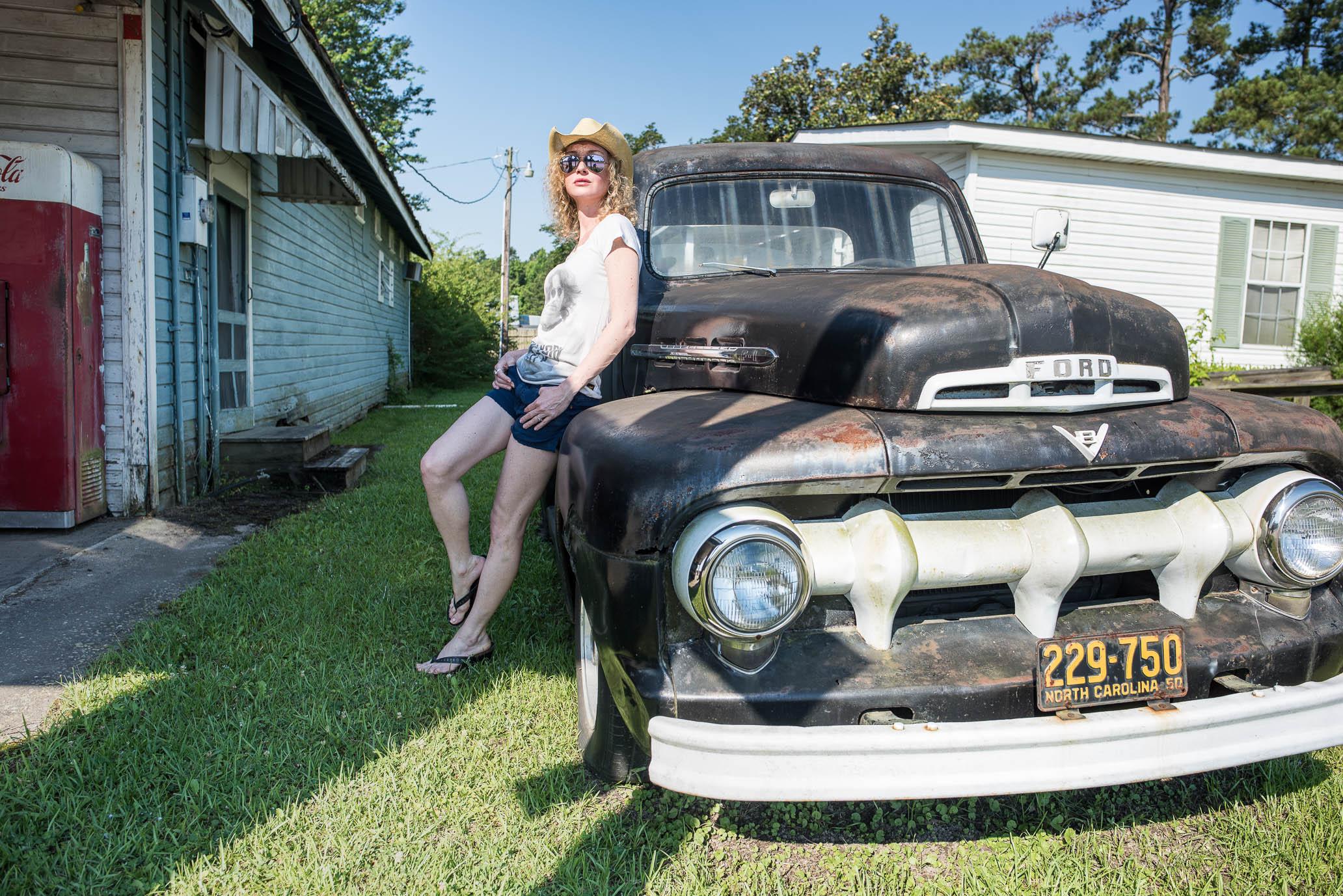 SuzyMae, vintage Ford Pickup