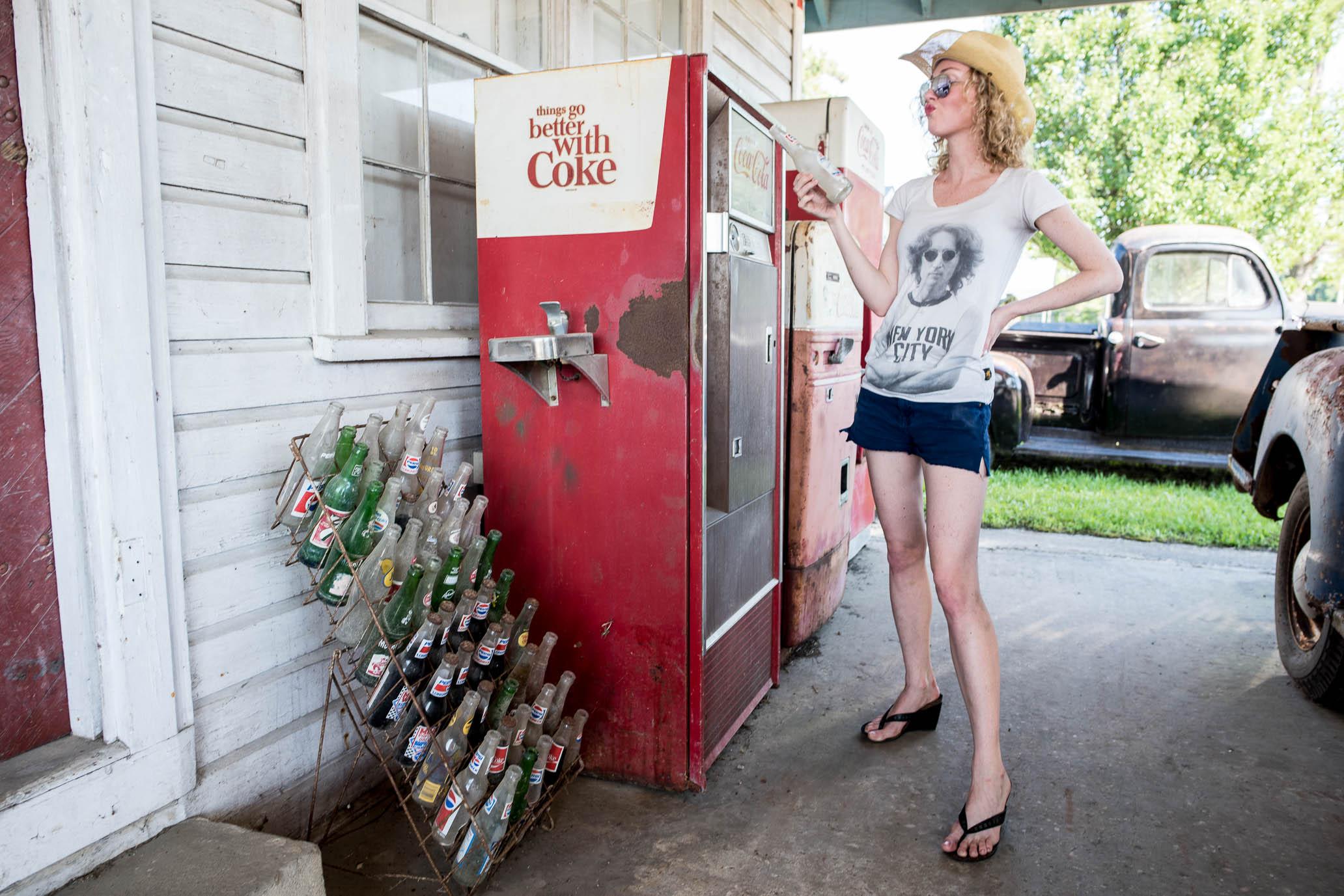 SuzyMae, vintage coke machine