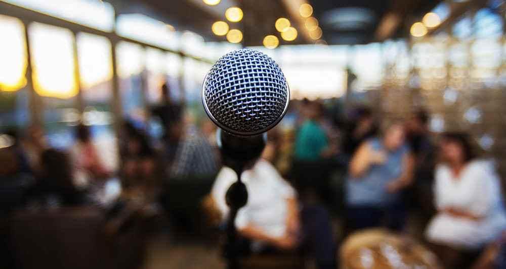 Press Conference - Single Mic