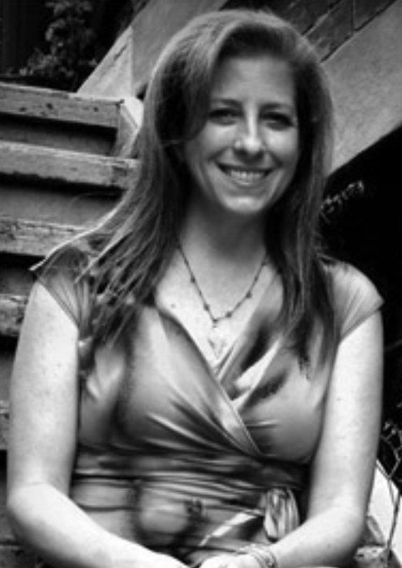 Laura AH Elliott