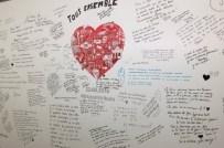tousensemble_wall