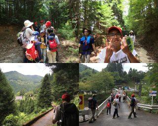 【櫃ヶ岳山頂から下山】「行動食係」のシオンくん大人気。最後は林道を抜けて村へ。
