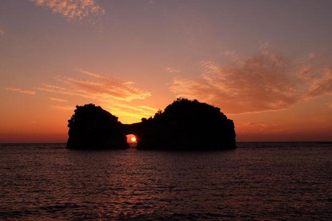 sunset-at-engetsuto-island-shirahama-wakayama-peary-wk