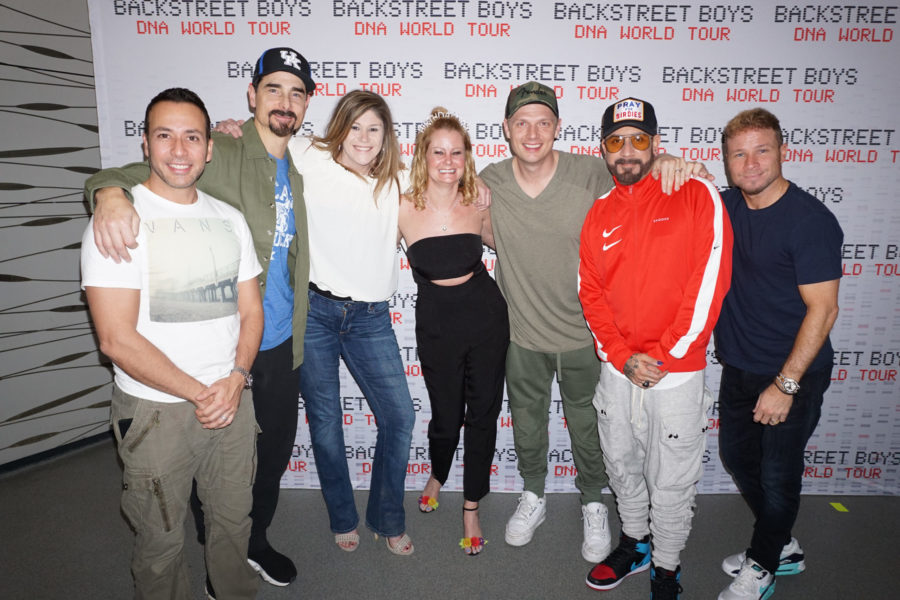 Ask The Fangirl: Do you have any good advice for @BackstreetBoys Meet & Greet poses?