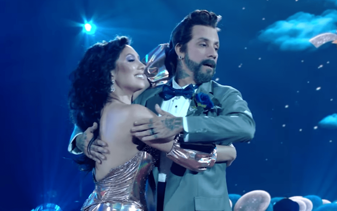 """Video: @CherylBurke reviews season 29 of """"Dancing With The Stars"""" with @AJ_McLean"""
