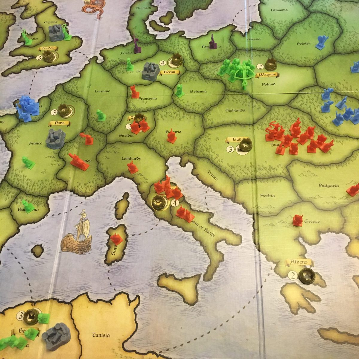 Turn 8 - Purple has a couple of territories left...