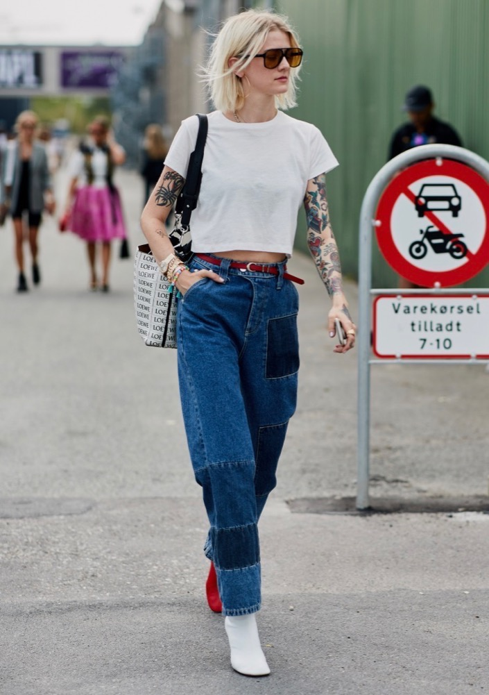 Nonbasic blue jeans on the streets.